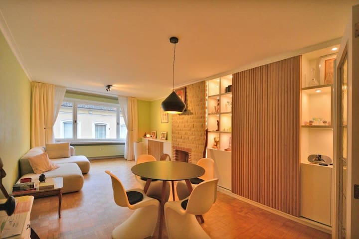 Bright apartment in the centre of Gent.