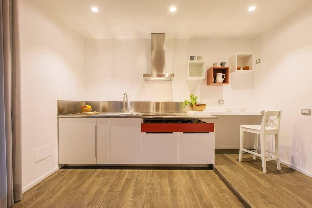 """Cucina suite rossa """"Il Papavero"""""""