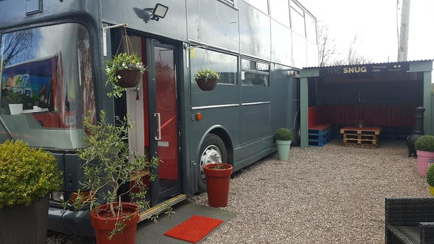 The Lux Bus - Unique Luxury