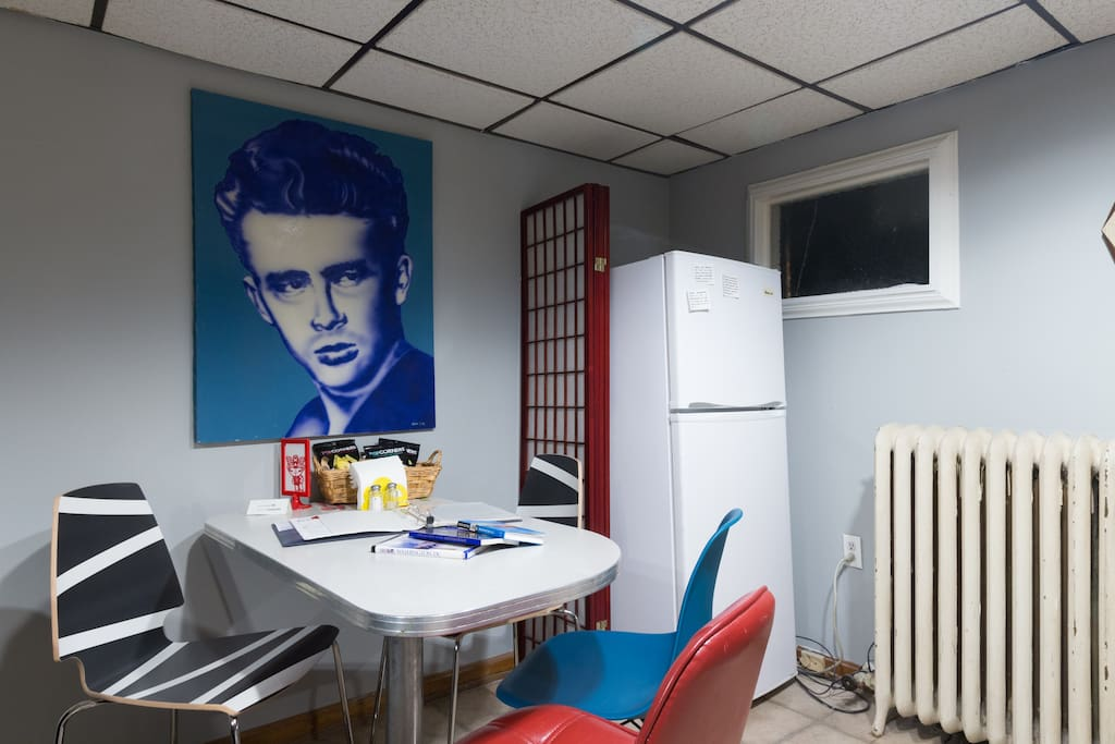 James Dean watches over you while having a bite.