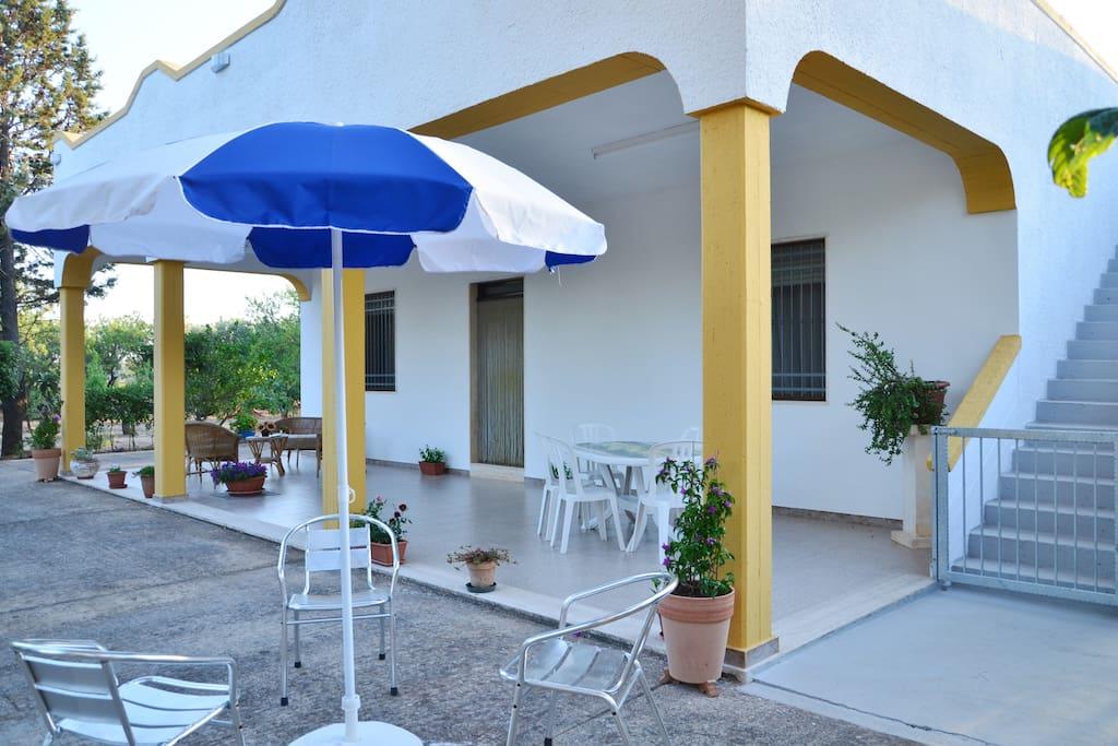 Villa belvedere vacanze in puglia ville in affitto a for Ville vacanze italia