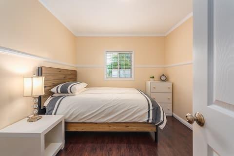 Glendora single bed