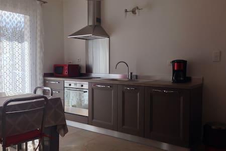 magnifique T3 neuf  - Venaco - 公寓