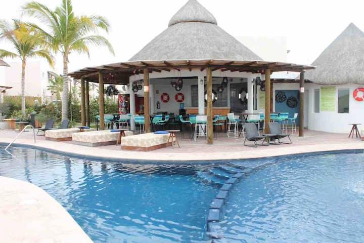 Departamento en Punta Esmeralda, acceso a la bahia