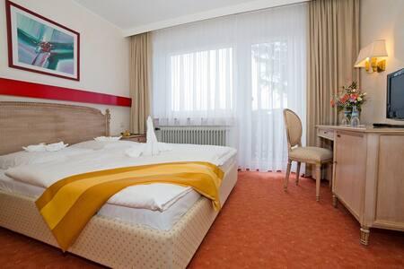 Chambre ,Piscine couverte*** - Feldberg