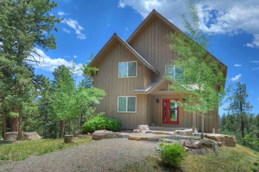 Durango Colorado vacation rental cabin Cliff View House near Purgatory Resort