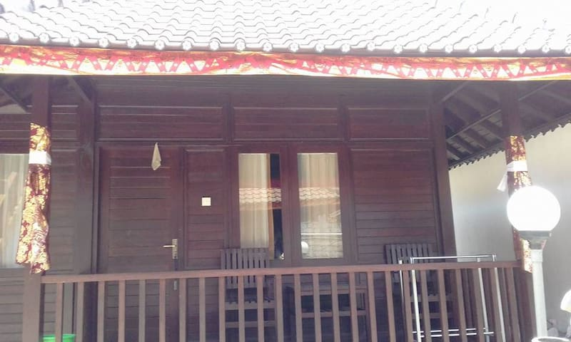 Agung Bungalow - Nusapenida - Bungalow