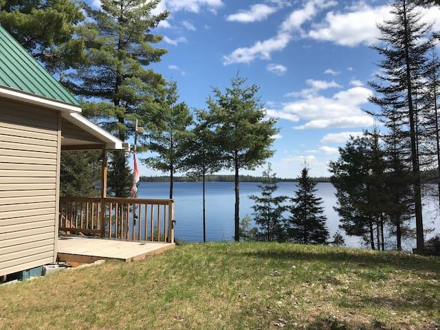 Chalet by Lake Gordon