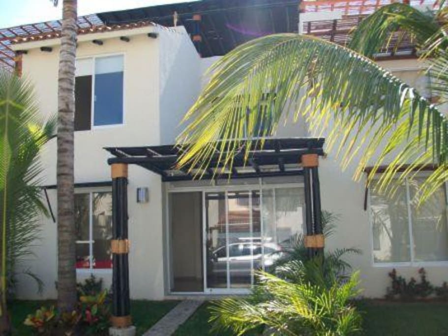 Comfortable  and modern House in Acapulco Diamante !!