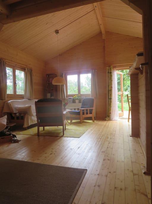 holzhaus neu mit kamin 200 m bodden 6 km ostsee h user zur miete in ribnitz damgarten. Black Bedroom Furniture Sets. Home Design Ideas