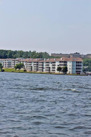 Regatta Bay -3 Bed 3 Bath  - Lake Ozark - Apartment