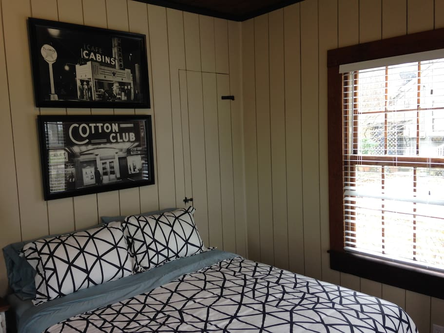 The bedroom with a Queen size bed