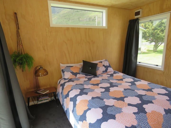 Cosy Makarora Cabin