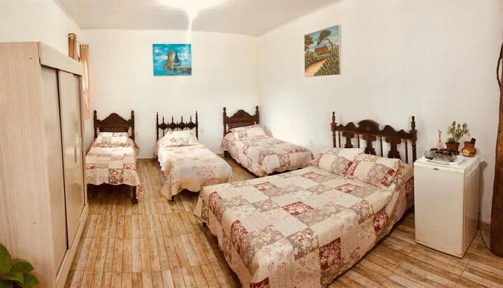 Amplo quarto em Conceição da Barra