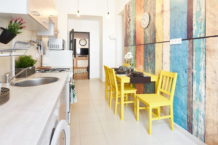Hip renovated flat by Kazinczy Street