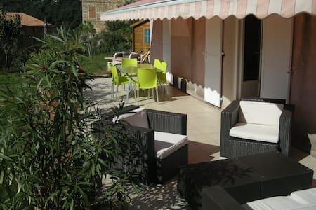 Un coin de paradis vue mer et piscine - Coggia - Haus