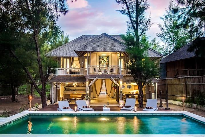 Coral Flora Villa Beach Front, Gili Trawangan - Pemenang - Casa de campo