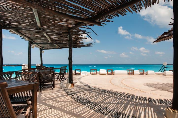 OCEANFRONTCONDO KM19.5 CANCÚN PLAZA - Cancún - Apartemen
