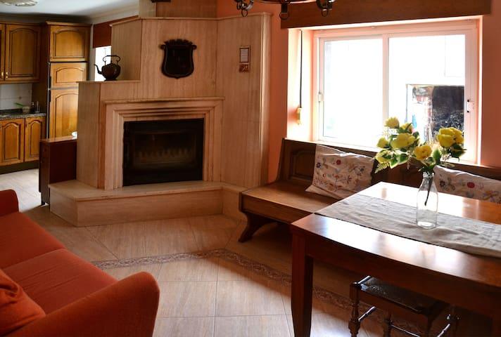 Bonita casa en Llamera (Boñar) - Llamera - Huis