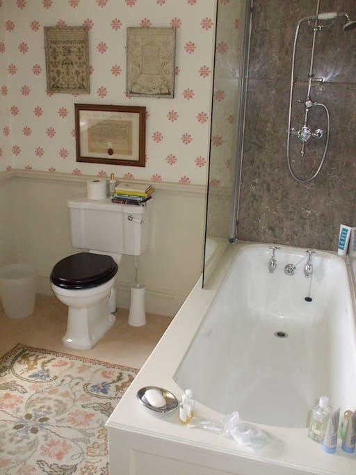North Private External Bathroom