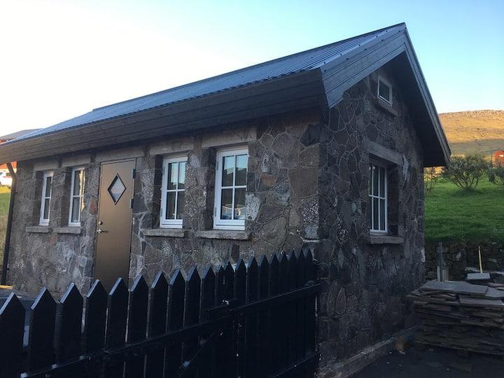 Gróthúsið, the (Stonehouse)