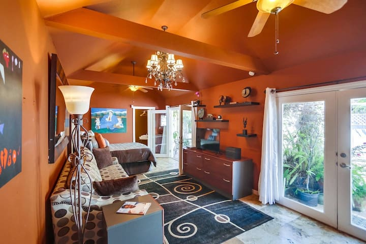 Cool Central California Bungalow