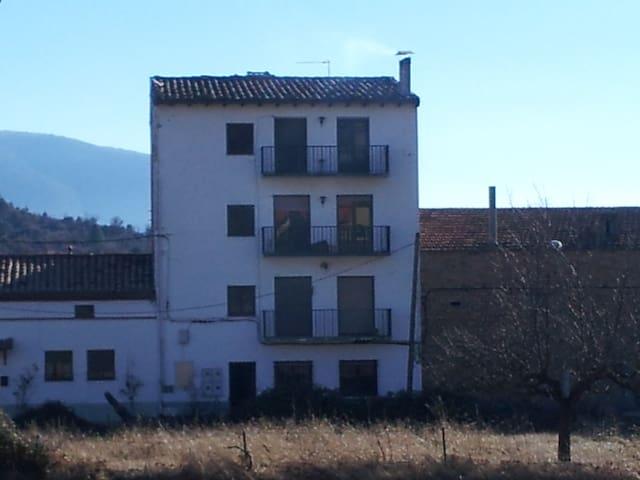 Apartament rural a Pobla de Segur - La Pobla de Segur - Apartamento