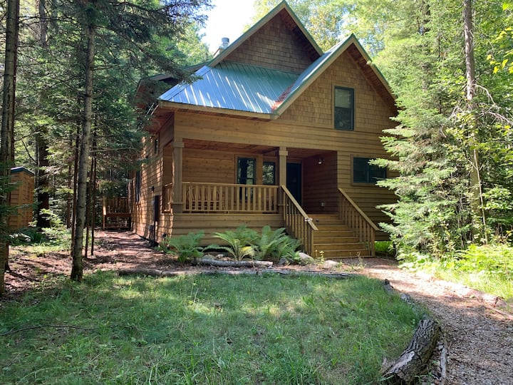 Birchwood Chalet | Secluded In Nature at Brickyard