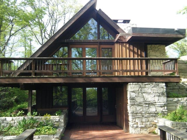 Saint Croix River Escape (FLW) - Hudson - House
