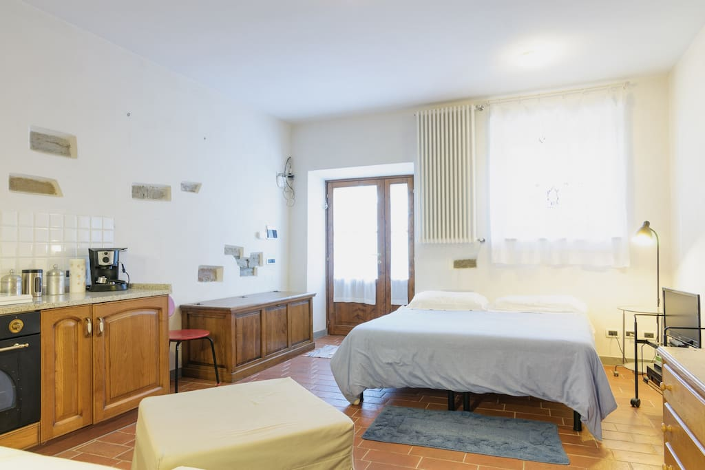 Monolocale apartments for rent in san firenze fonte di for Aggiunta stanza indipendente