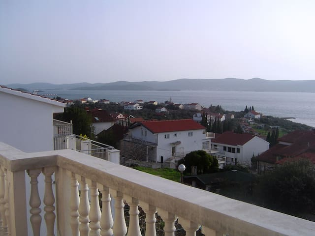 Meerblick-Apartment/ sea-view flat