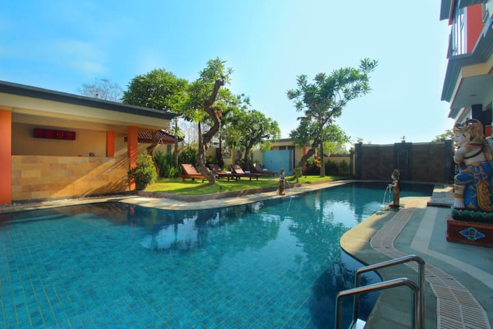 Nusa Dua Homey Escape Holiday