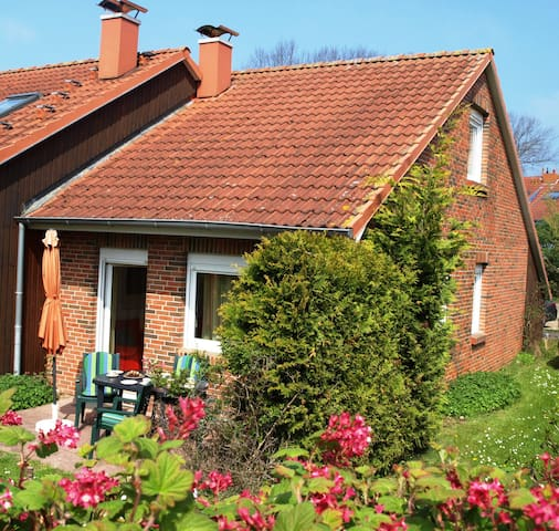 2 holiday homes + near to the beach - Boltenhagen - Rumah