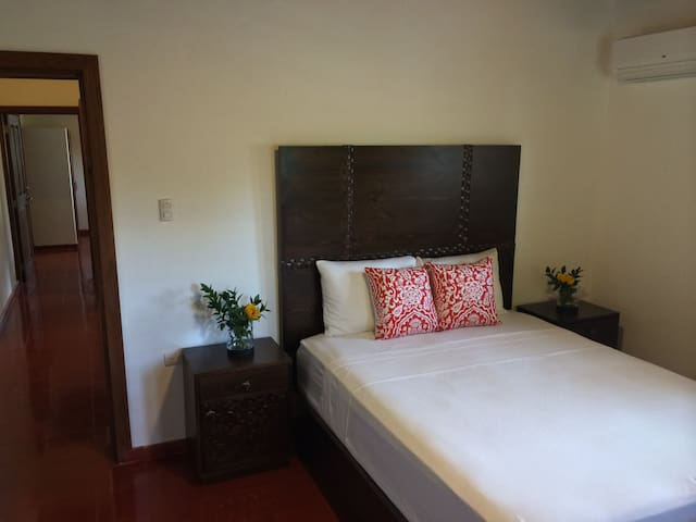One of the 2 other bedrooms