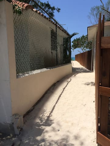 Private Hallway to the beach