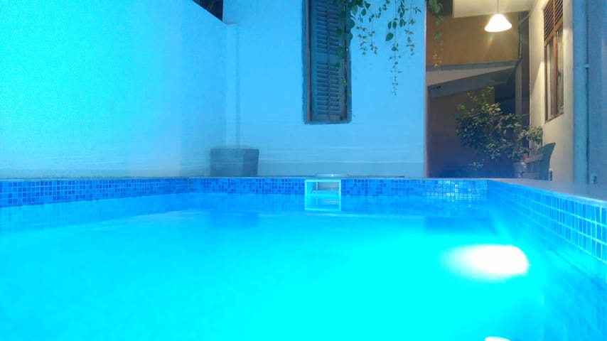 Villa with Plunge pool and jacuzzi - Panadura - Huis