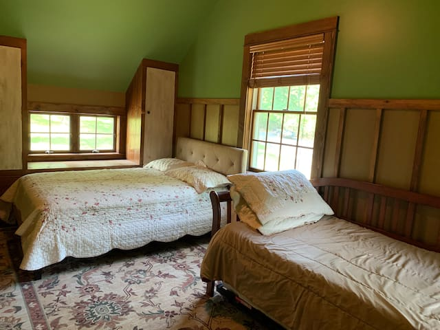 Full Bed with Daybed (XL twin and trundle that pops up to make a queen if needed)