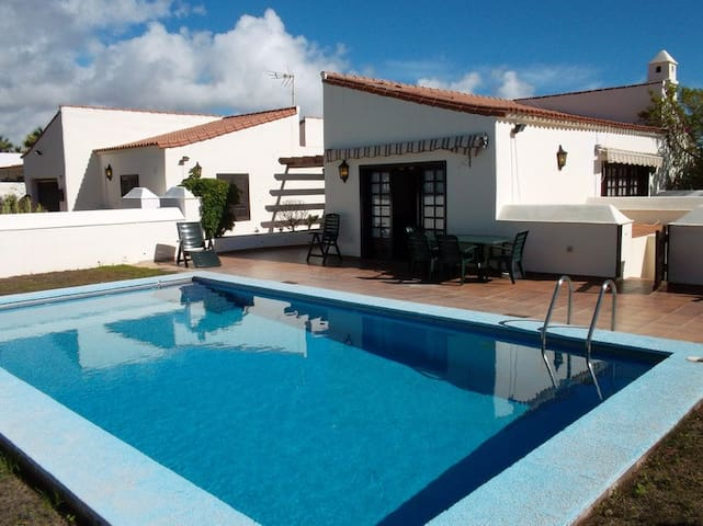 3-bedroom Villa on the Golf Course - Golf del Sur - 別荘