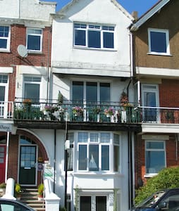 Racing Greens Beach Apartment - Littlehampton - Pis