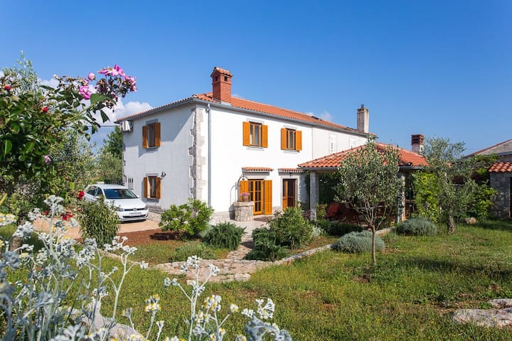 Holiday Home Lavanda - Kornić