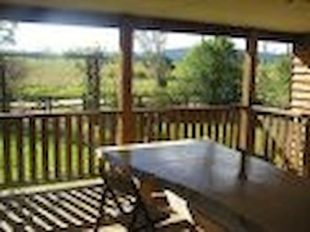 MOUNT VIEW,  relaxing, refreshing. - Ravenshoe - Bed & Breakfast