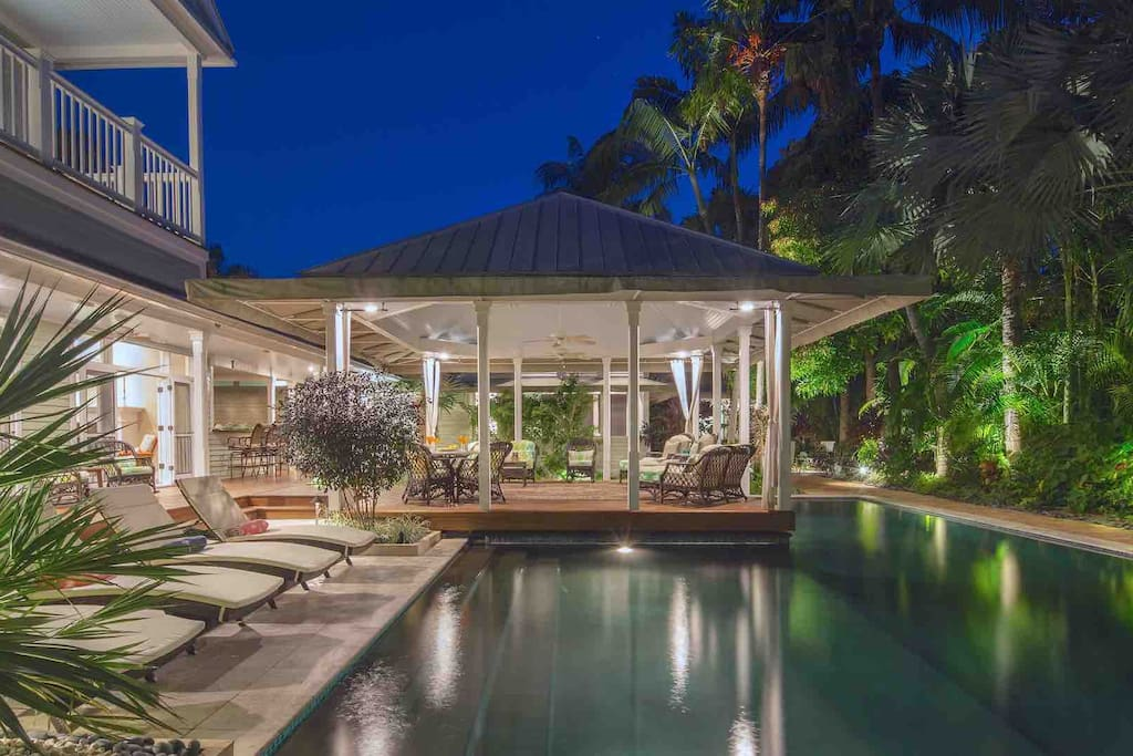The pool and outdoor living area is breathtaking at night...