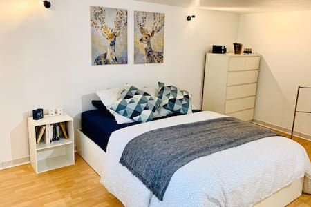 Warm, cosy cocoon, between Paris and Orly Airport
