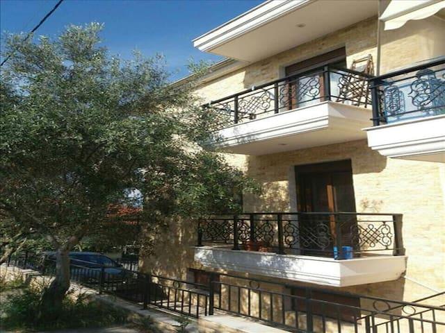 1 bedroom Flat in Agia Triada RE0182 - Perea - Daire