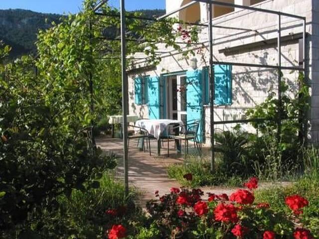 Jazz - lovely mediterranean apartment