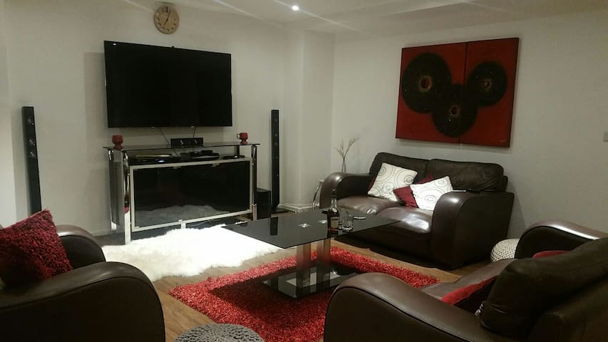 Private Room in Penthouse w/ Private Roof Terrace - London - Apartment