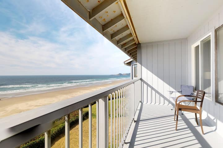 Convenient oceanfront studio condo with seasonal shared pool