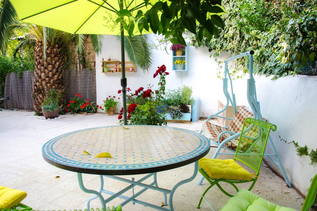 you may have your breakfast here shaded under the lemon tree