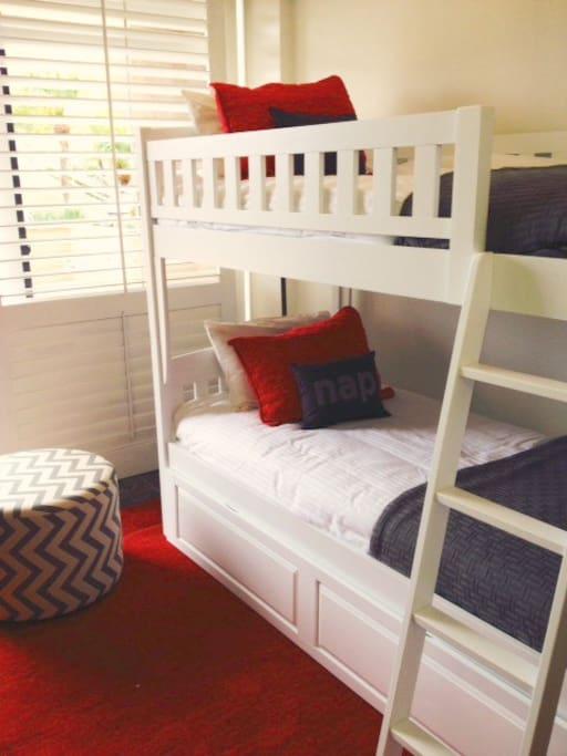 Trundle bunk sleeps 3