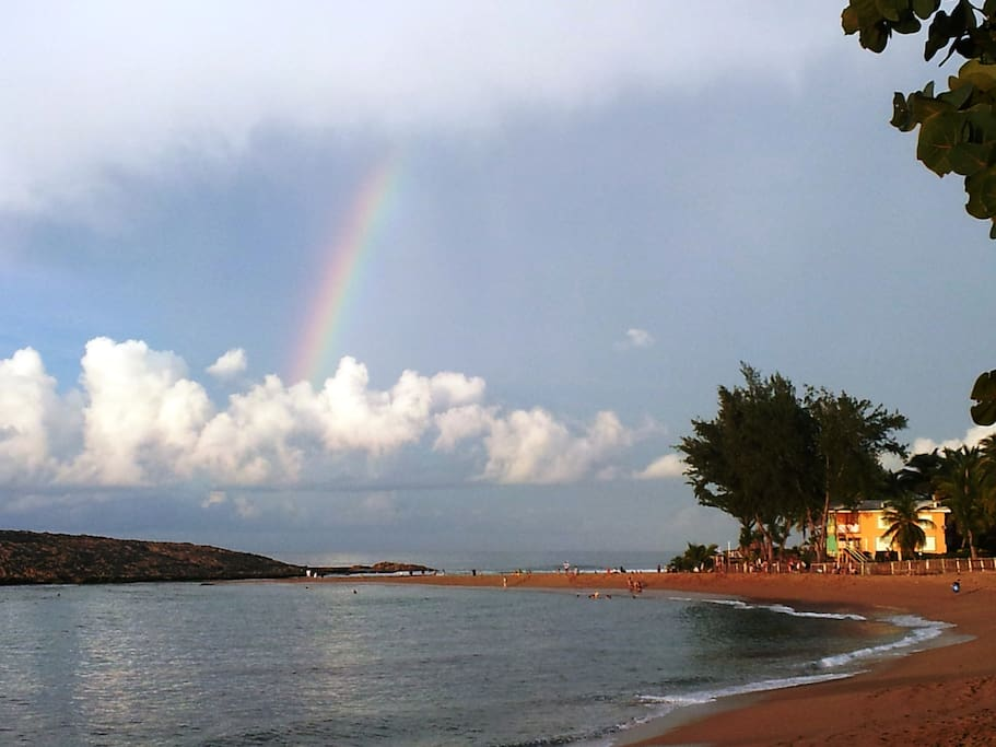 Montones' beach